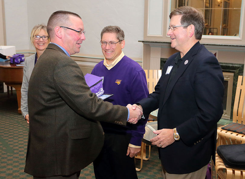 Dan Nickey and UNI President, Dr.</body></html>